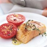 Broiled Salmon and Tomato